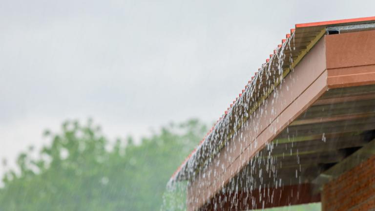 Jak velkou nádrž na dešťovou vodu?